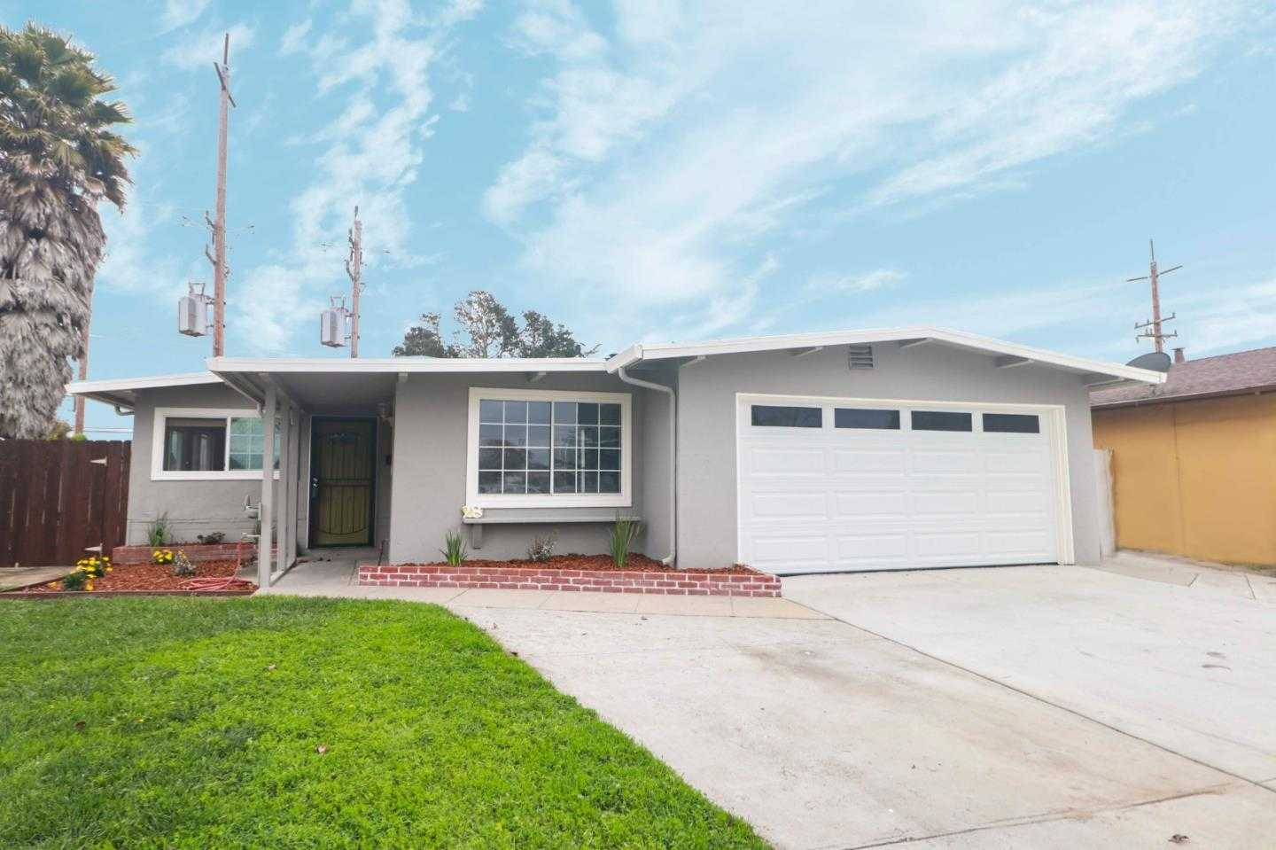 $490,000 - 4Br/2Ba -  for Sale in Salinas