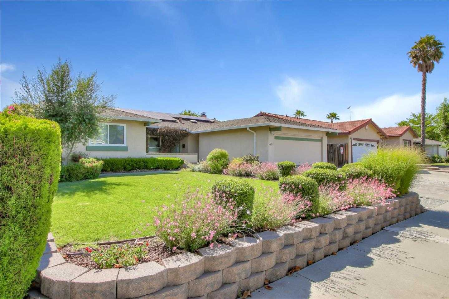 $1,025,000 - 4Br/2Ba -  for Sale in San Jose