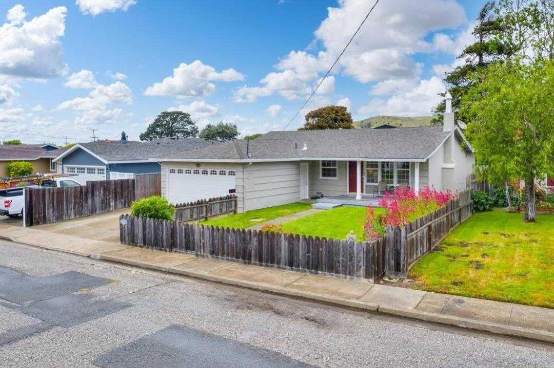 $1,150,000 - 3Br/2Ba -  for Sale in Pacifica