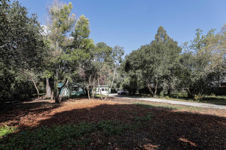 $3,650,000 - 2Br/2Ba -  for Sale in Menlo Park