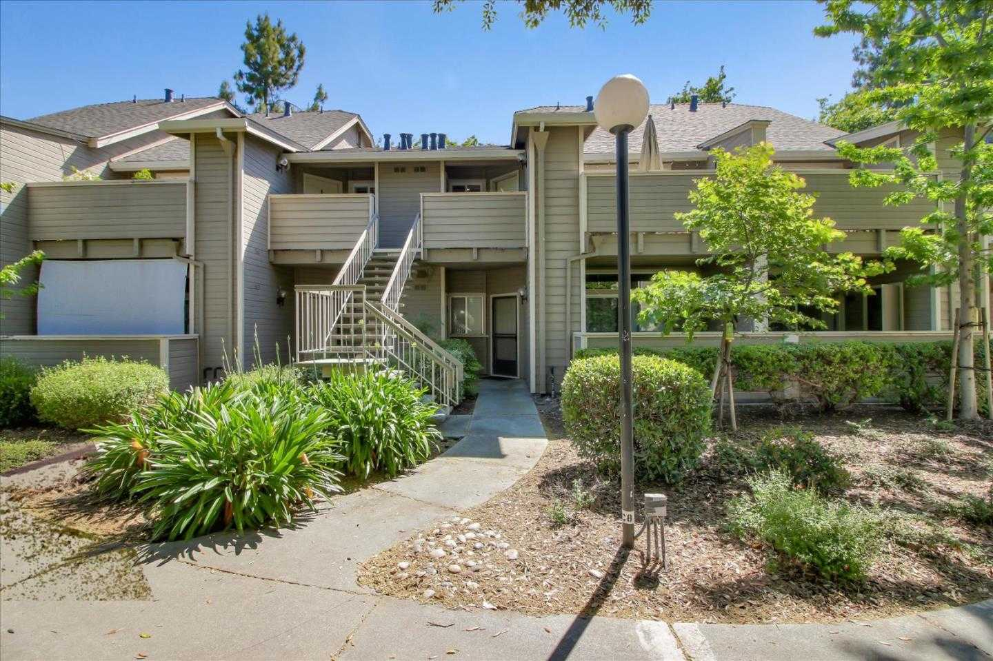 $680,000 - 2Br/2Ba -  for Sale in San Jose