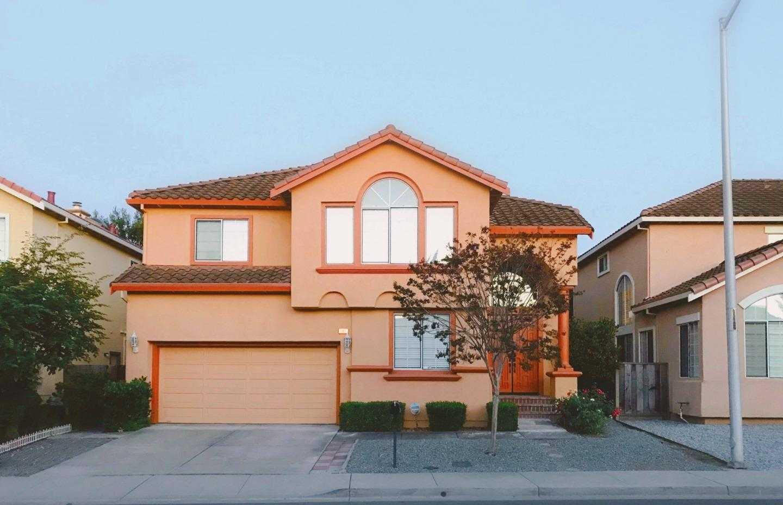 $2,095,000 - 4Br/3Ba -  for Sale in Santa Clara