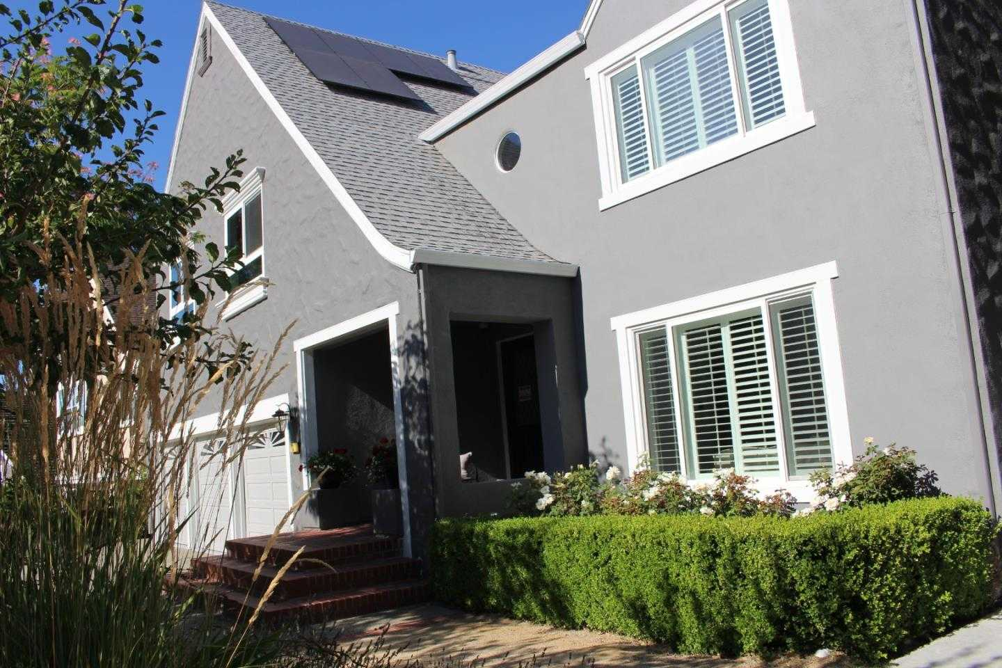 $4,350,000 - 6Br/6Ba -  for Sale in Redwood City