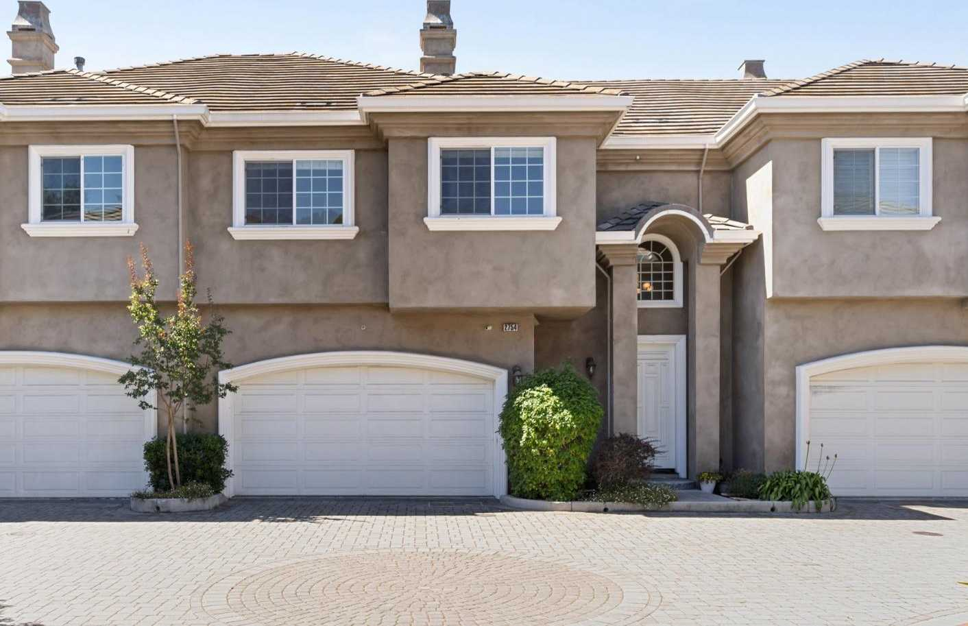$1,249,000 - 3Br/3Ba -  for Sale in Campbell
