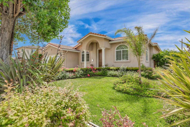 $2,299,950 - 4Br/3Ba -  for Sale in Santa Clara