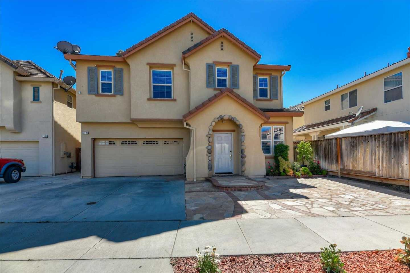 $1,068,000 - 4Br/3Ba -  for Sale in San Jose