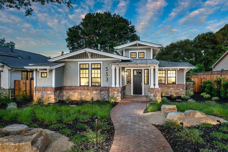 $5,200,000 - 4Br/4Ba -  for Sale in Los Altos