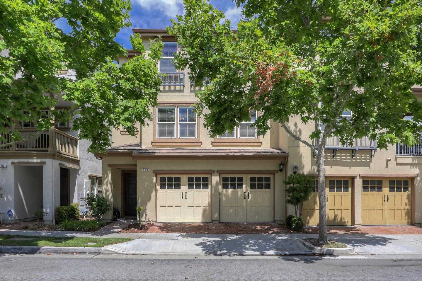 $1,050,000 - 4Br/4Ba -  for Sale in San Jose