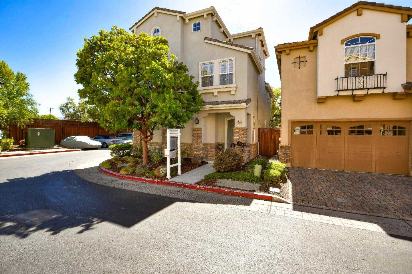 $1,999,500 - 4Br/4Ba -  for Sale in Santa Clara