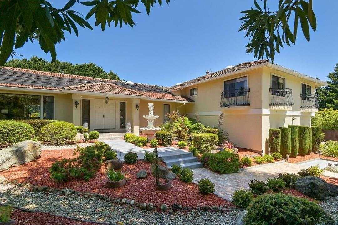 $4,480,000 - 4Br/4Ba -  for Sale in Hillsborough