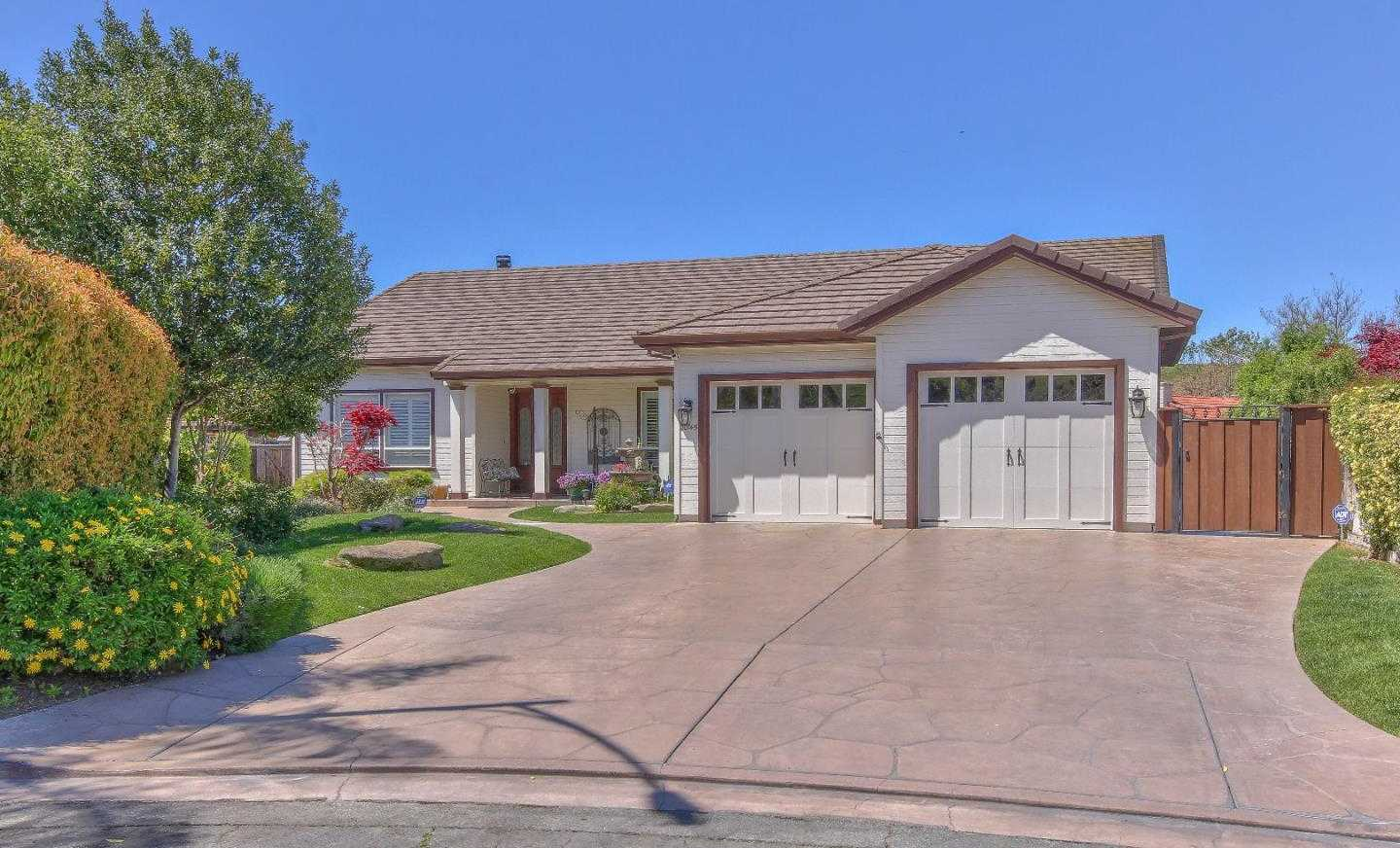 $1,198,000 - 4Br/3Ba -  for Sale in Salinas