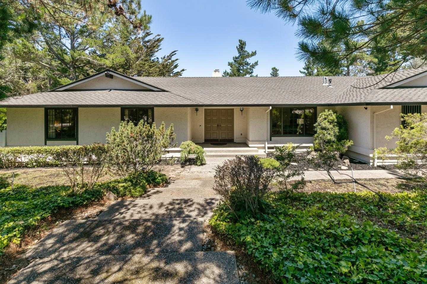 $3,489,000 - 3Br/3Ba -  for Sale in Hillsborough