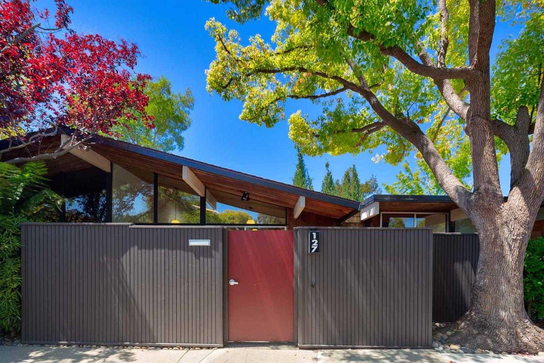$1,599,000 - 2Br/2Ba -  for Sale in Palo Alto