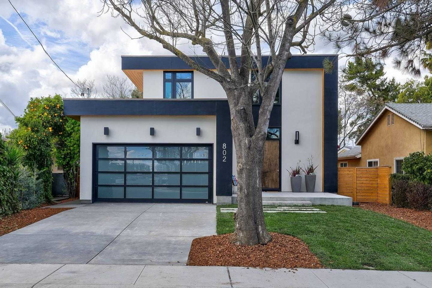 $2,898,000 - 4Br/3Ba -  for Sale in Mountain View