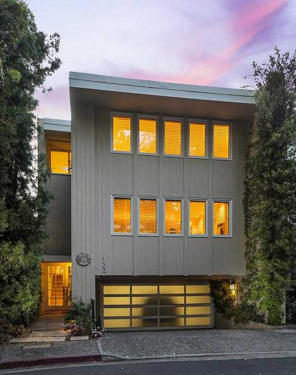 $2,193,000 - 3Br/3Ba -  for Sale in Menlo Park