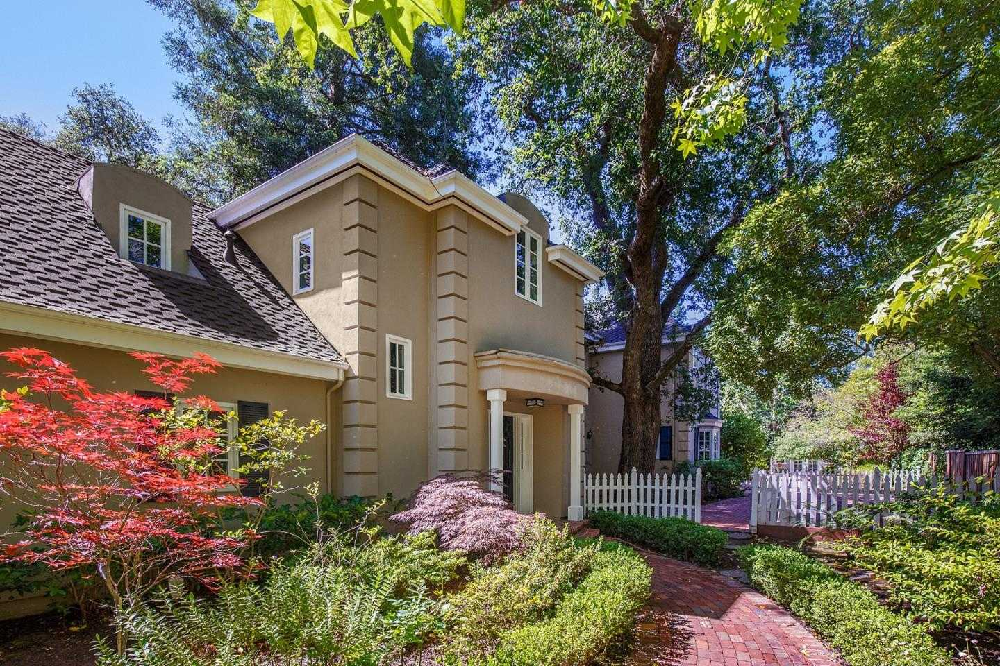 $6,195,000 - 3Br/4Ba -  for Sale in Atherton