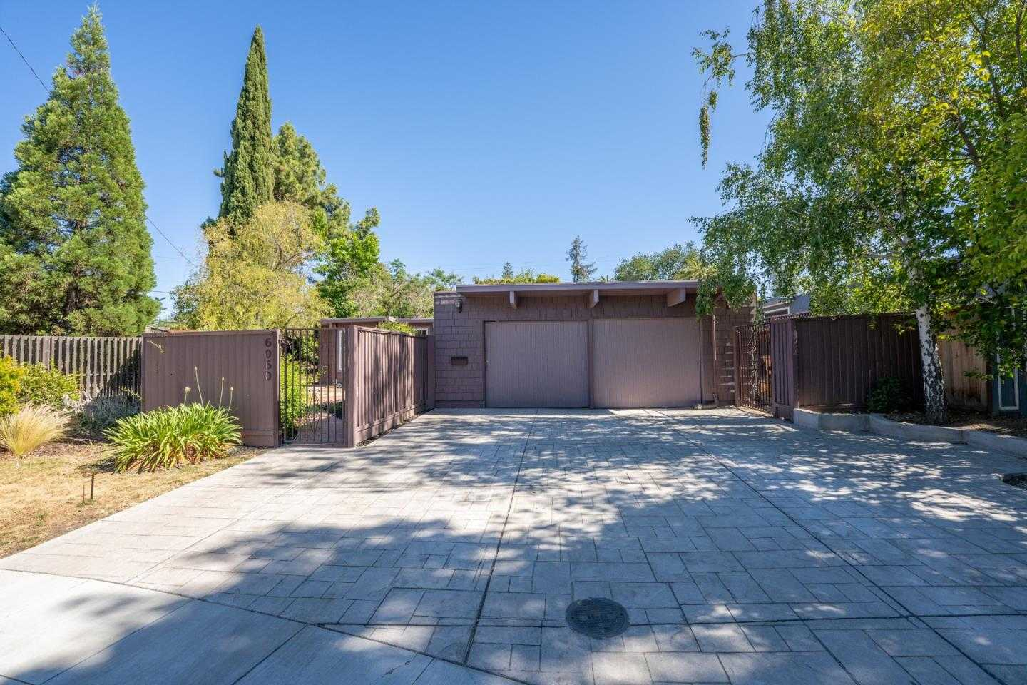 $1,800,000 - 4Br/2Ba -  for Sale in Cupertino