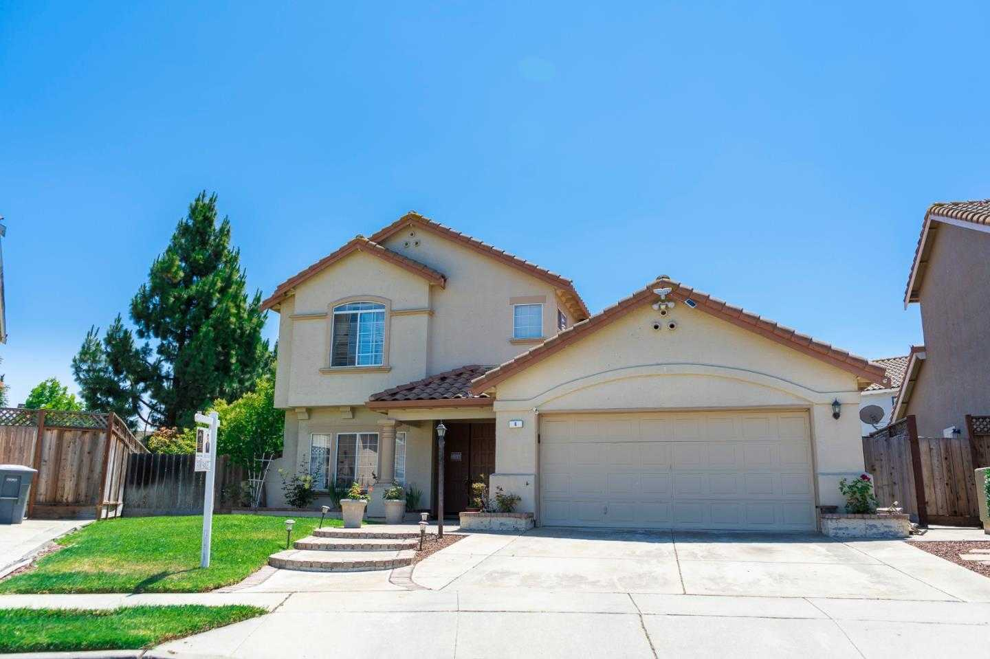 $649,000 - 5Br/3Ba -  for Sale in Salinas