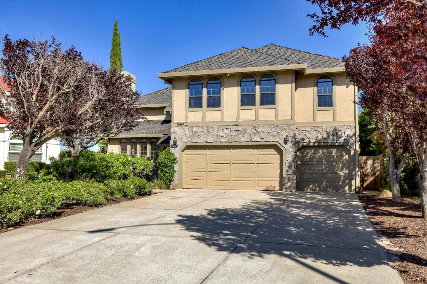 $2,100,000 - 5Br/3Ba -  for Sale in San Jose