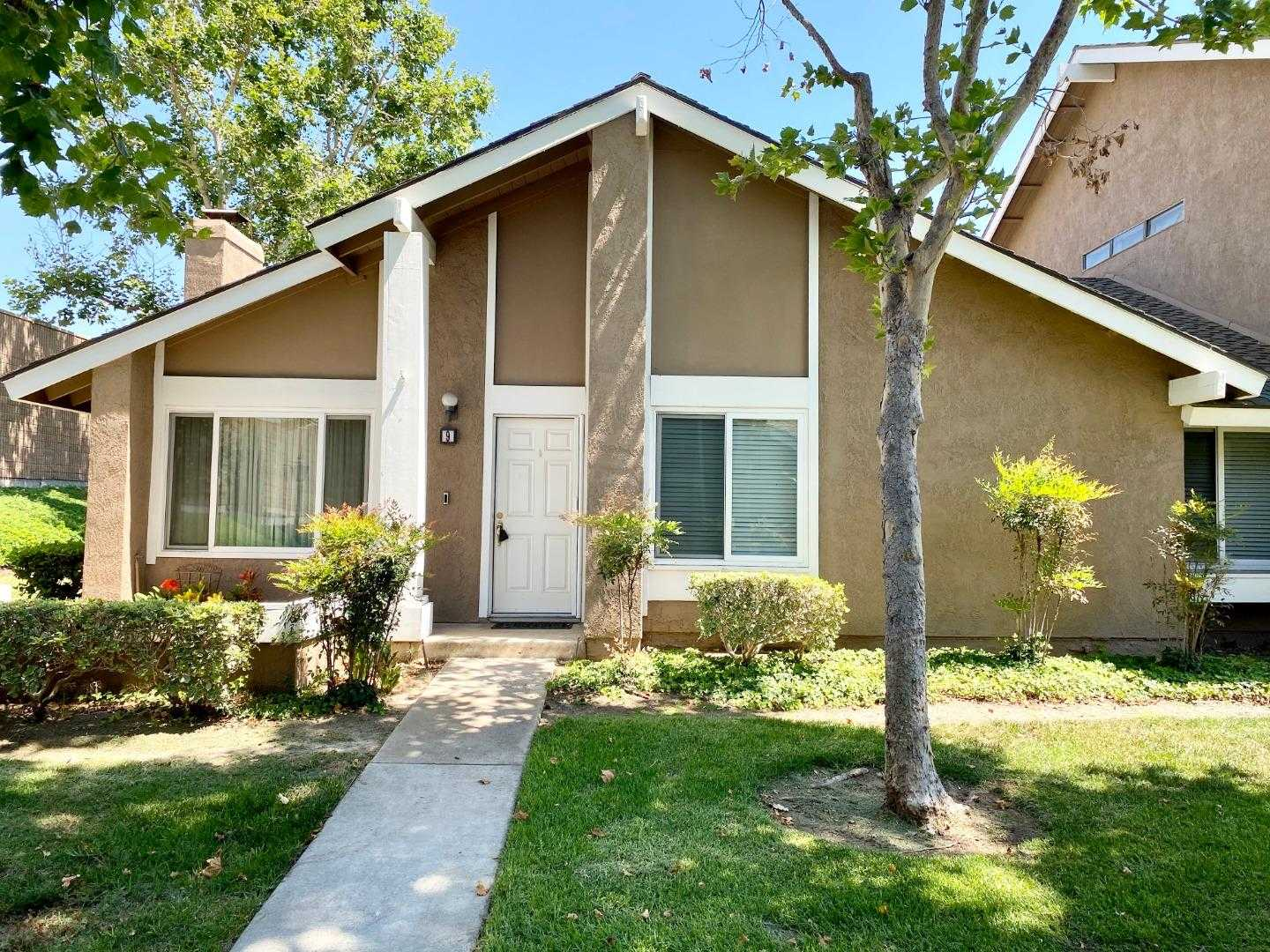 $689,000 - 3Br/2Ba -  for Sale in Irvine