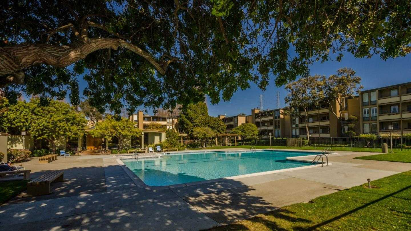 $1,188,000 - 3Br/2Ba -  for Sale in Foster City
