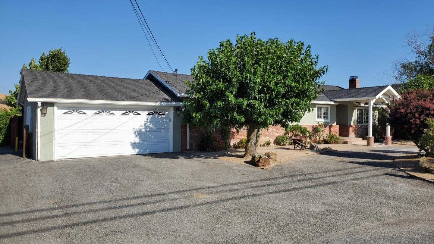 $1,568,000 - 5Br/2Ba -  for Sale in San Jose