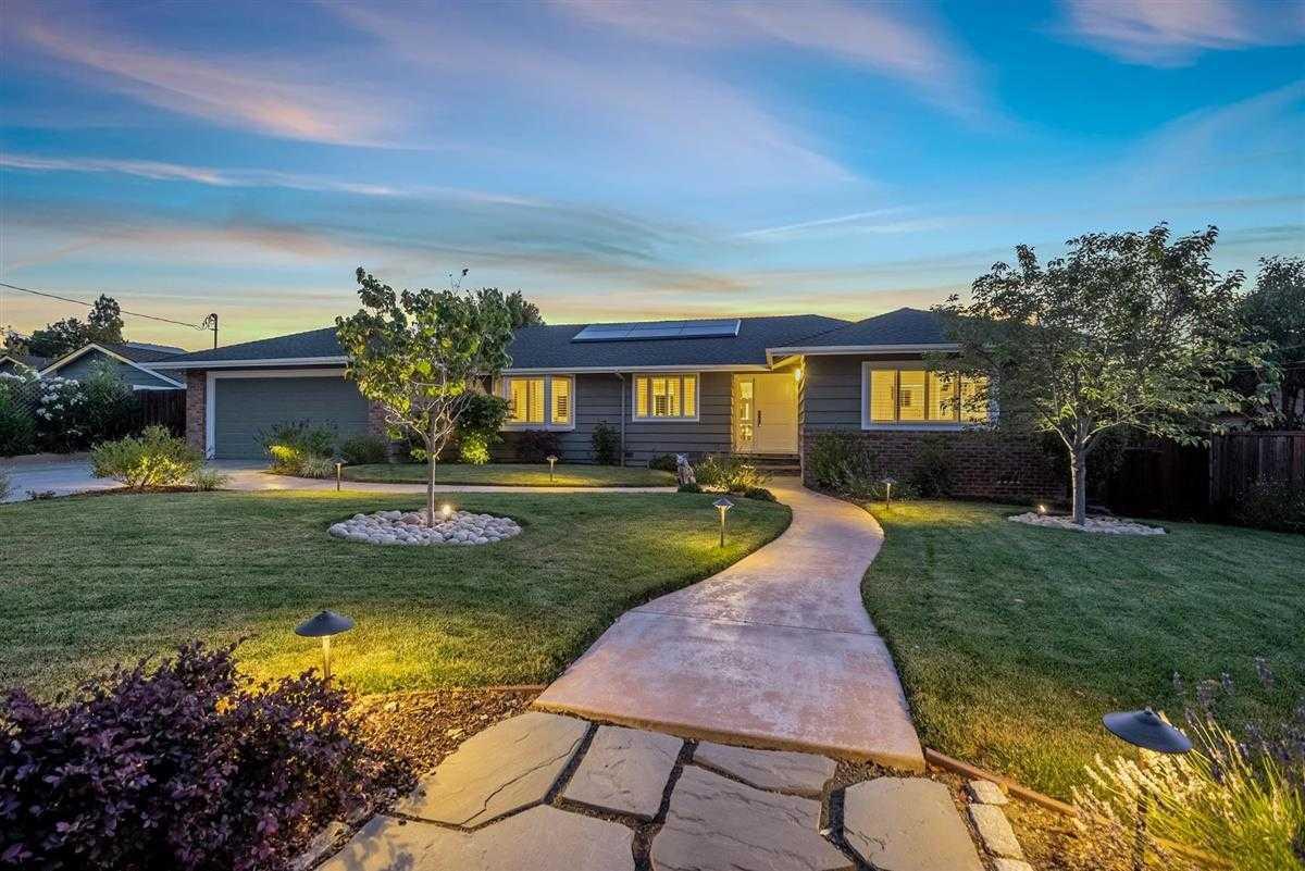 $2,750,000 - 4Br/3Ba -  for Sale in Los Gatos