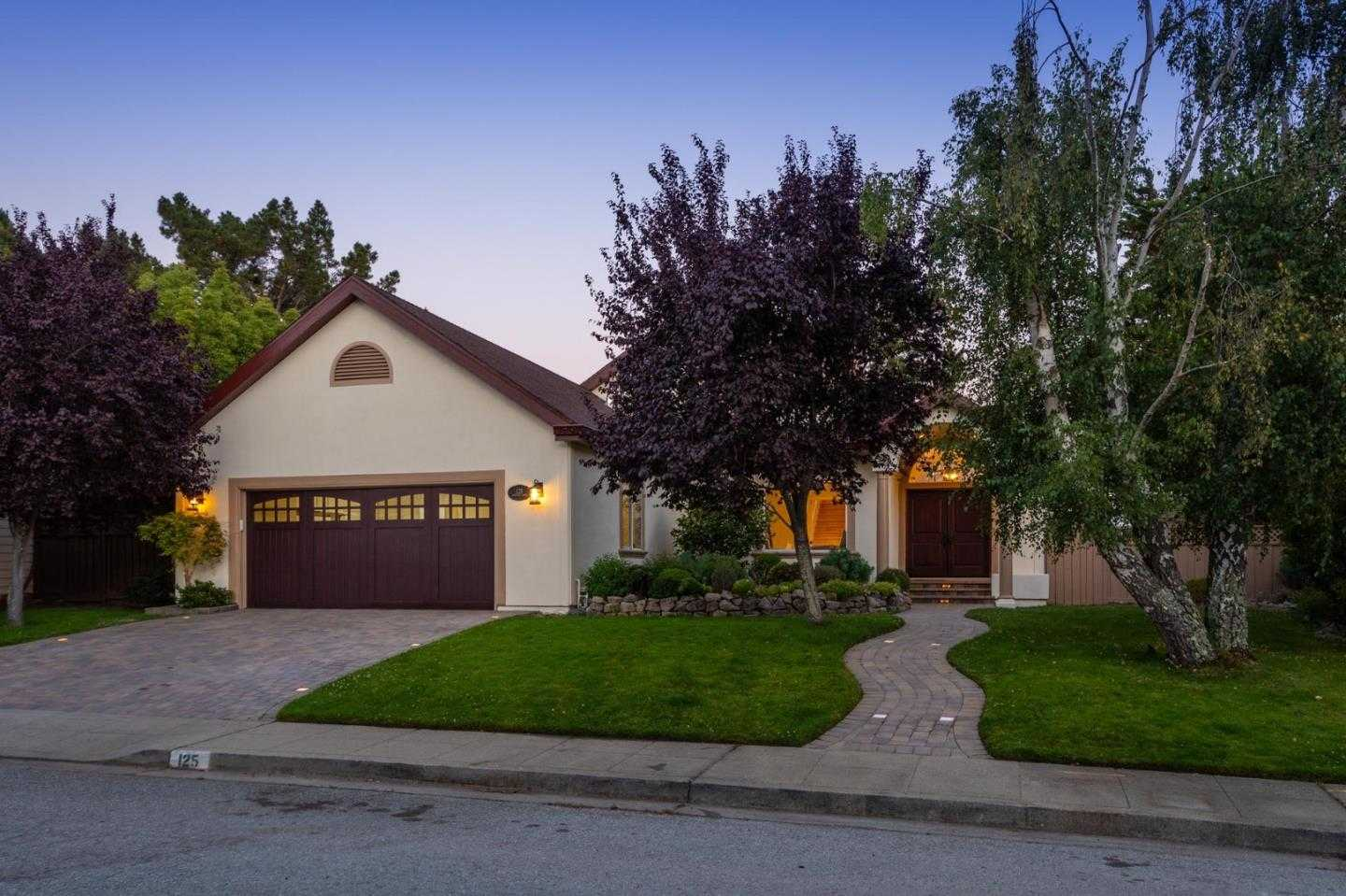 $2,598,000 - 3Br/3Ba -  for Sale in San Carlos