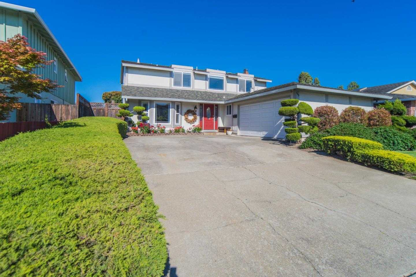 $1,798,888 - 4Br/3Ba -  for Sale in Foster City