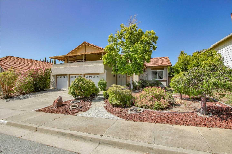3245 Ravenswood Way San Jose, CA 95148