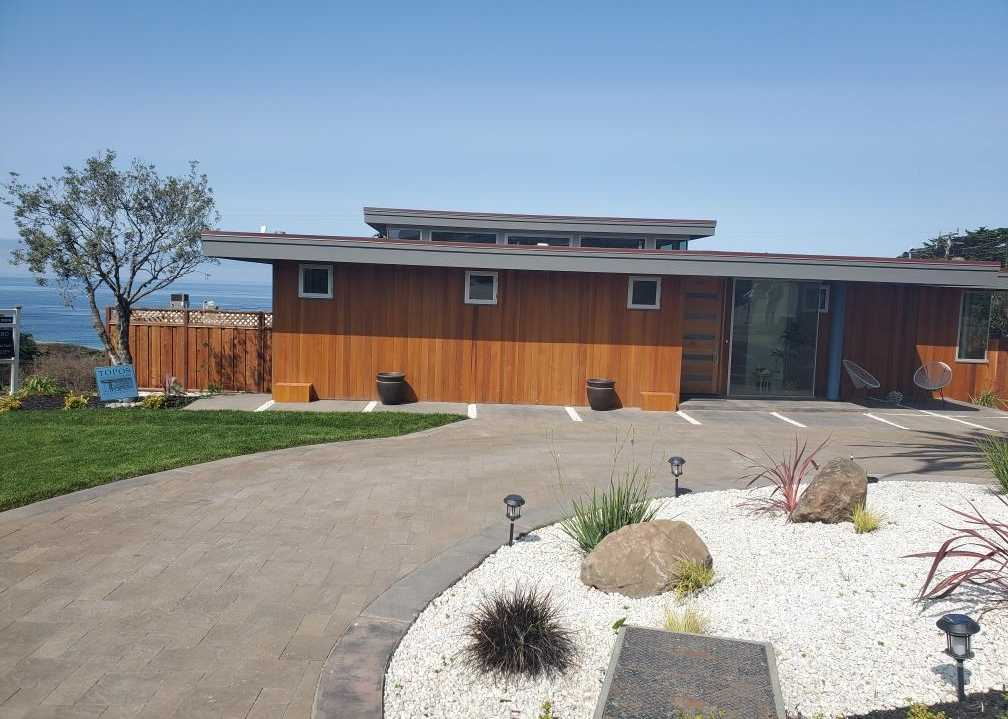 $3,500,000 - 3Br/4Ba -  for Sale in Moss Beach