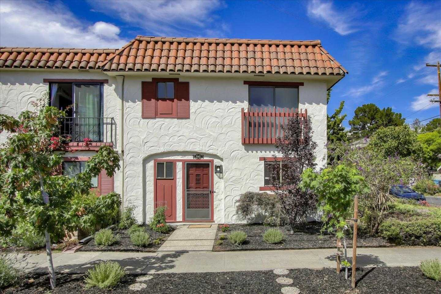 $1,850,000 - 2Br/3Ba -  for Sale in Palo Alto