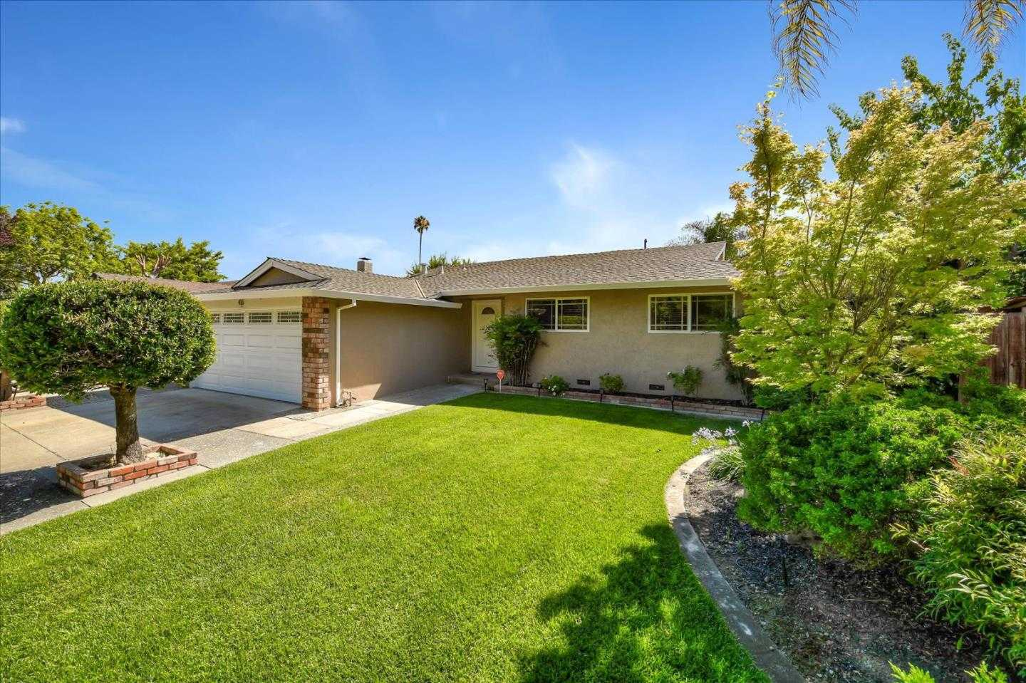$1,125,000 - 3Br/2Ba -  for Sale in San Jose