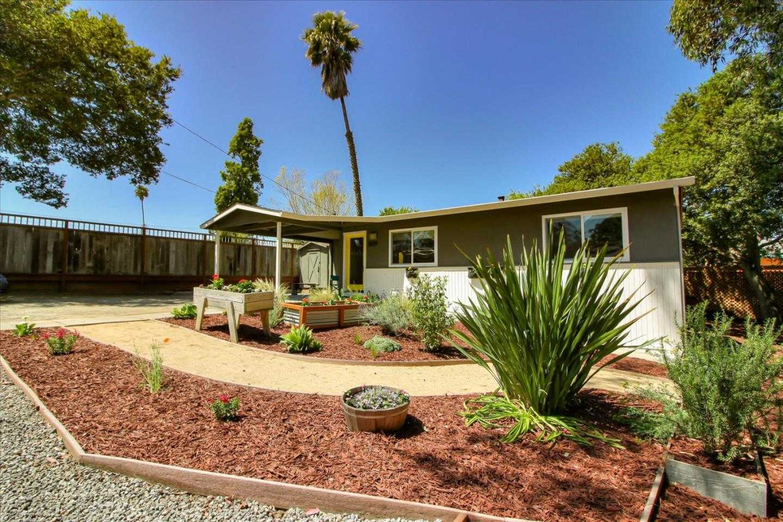 2439 Harper St Santa Cruz, CA 95062