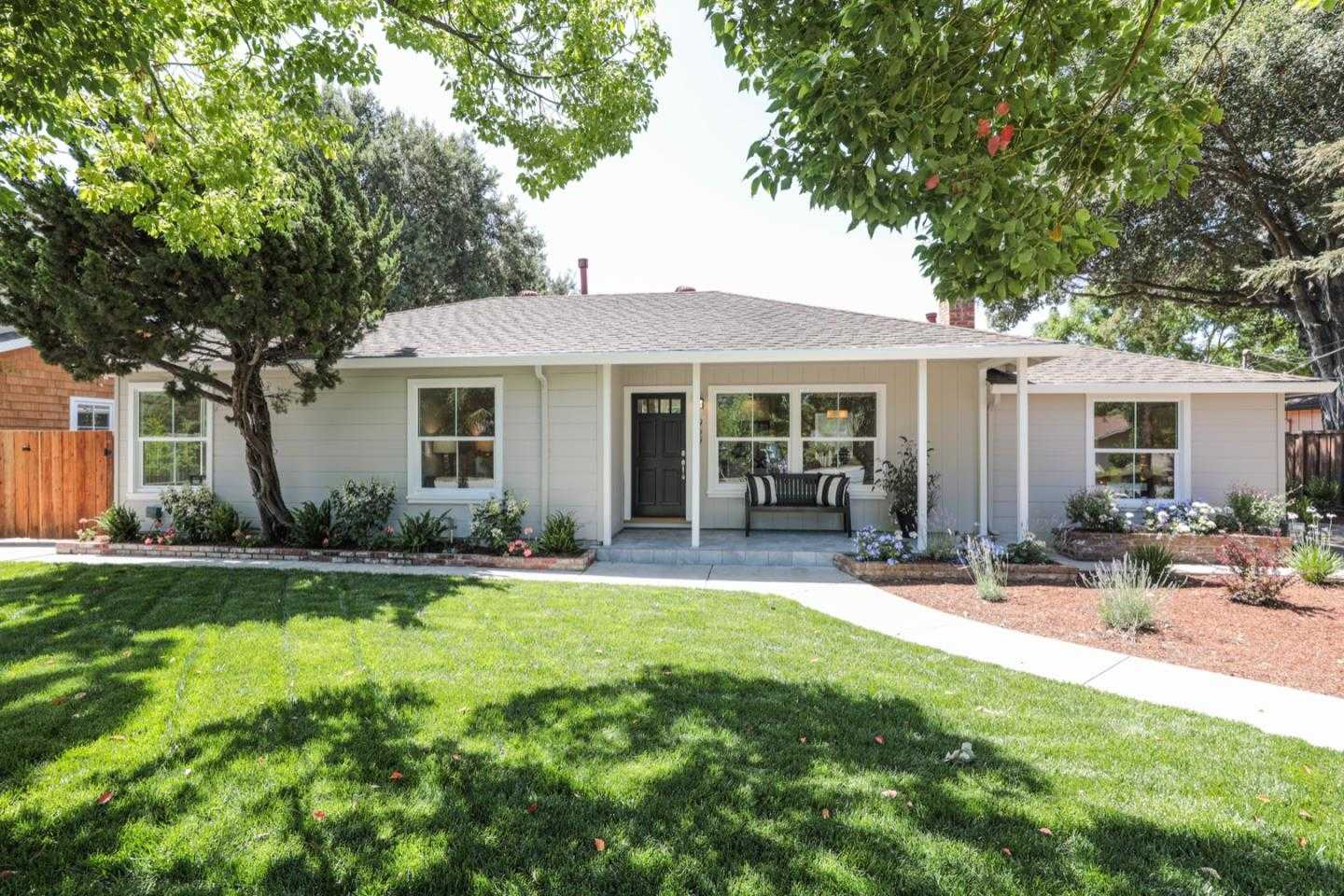 $2,695,000 - 4Br/3Ba -  for Sale in Mountain View