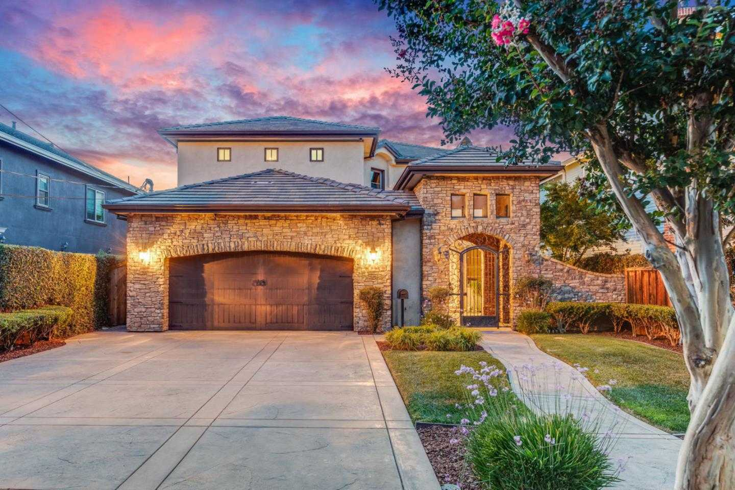 $3,299,888 - 5Br/5Ba -  for Sale in San Jose