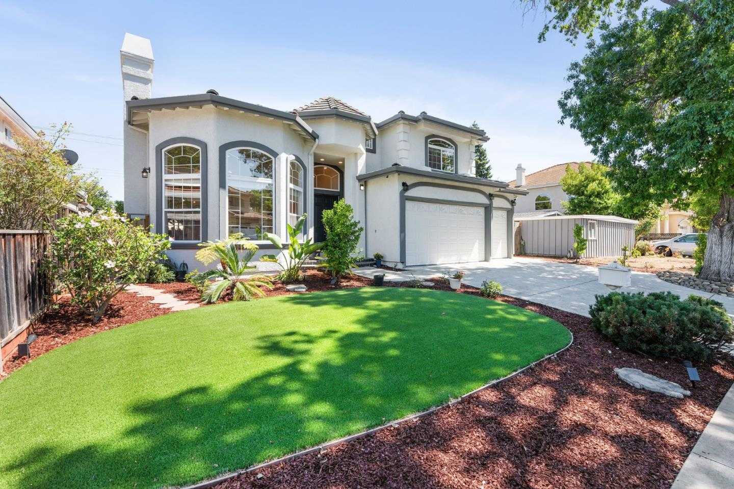 $3,148,000 - 5Br/5Ba -  for Sale in Cupertino