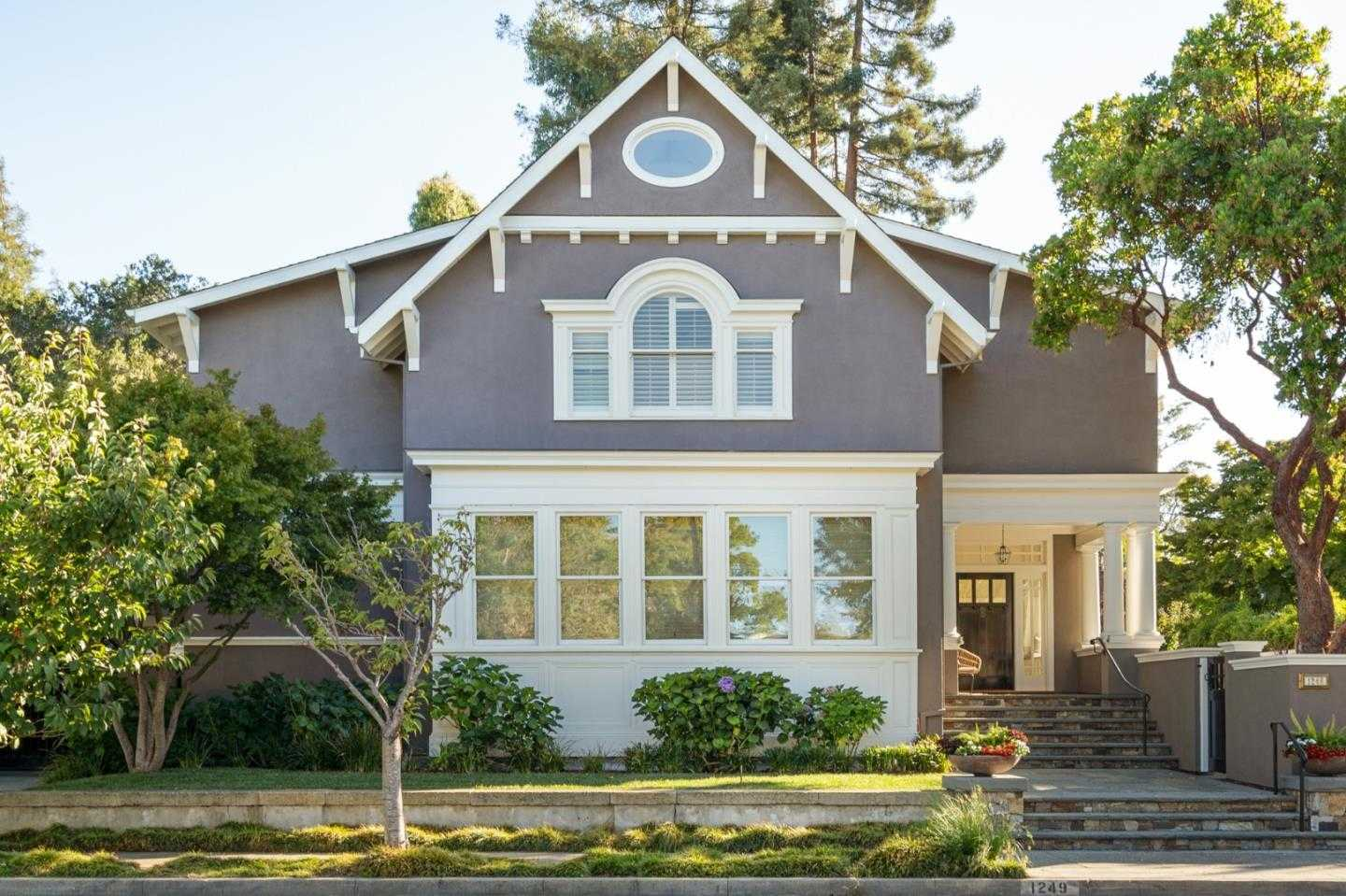 $4,950,000 - 4Br/3Ba -  for Sale in Burlingame