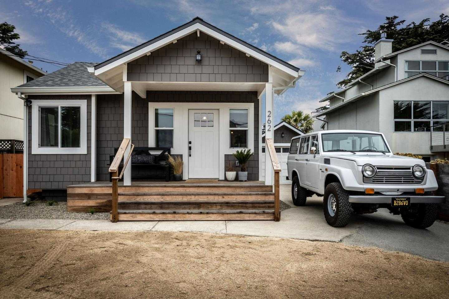 $1,288,000 - 2Br/2Ba -  for Sale in Moss Beach