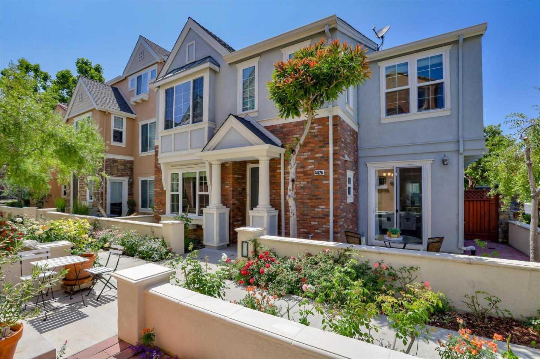$1,688,800 - 3Br/3Ba -  for Sale in Santa Clara