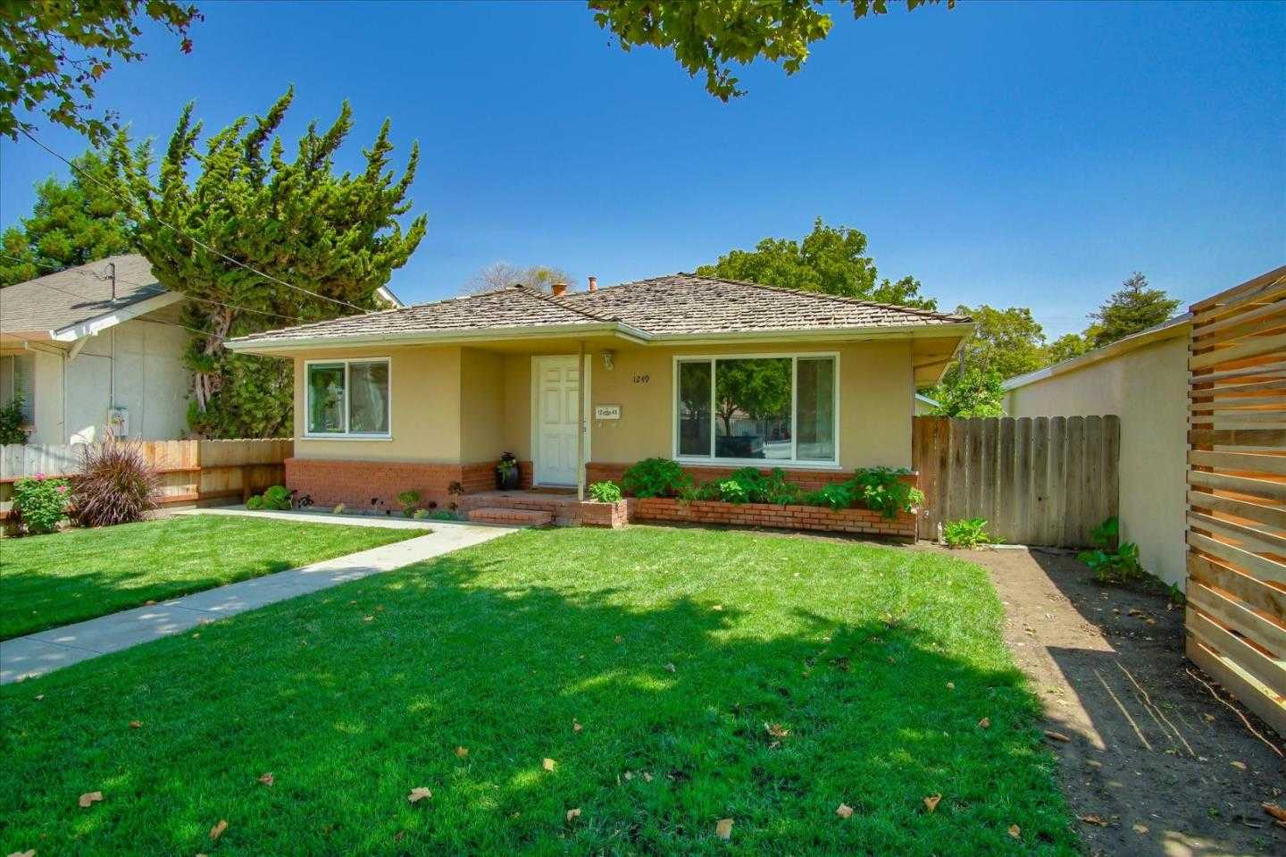 $499,999 - 2Br/1Ba -  for Sale in Hollister