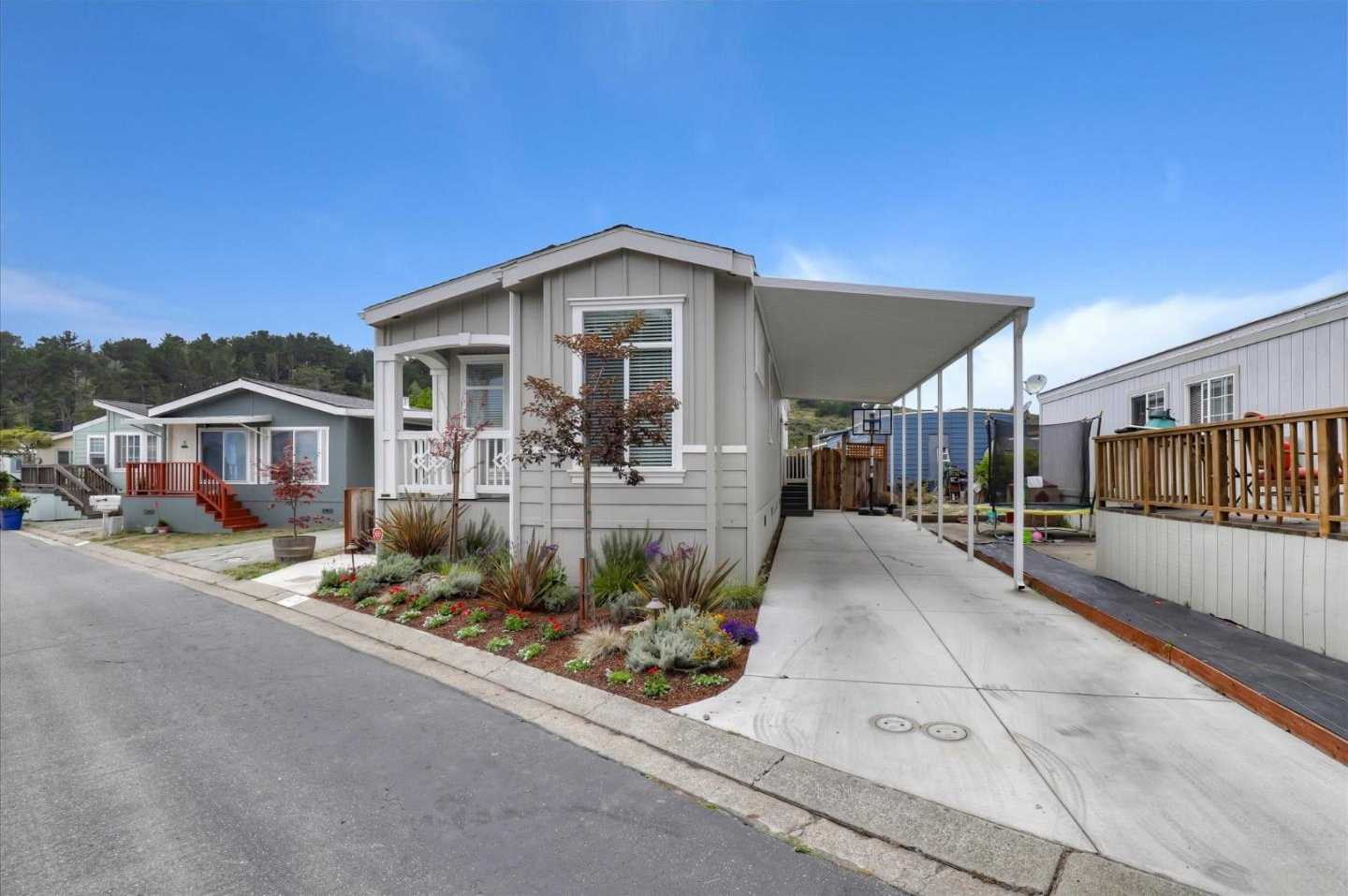 $375,000 - 3Br/2Ba -  for Sale in Moss Beach