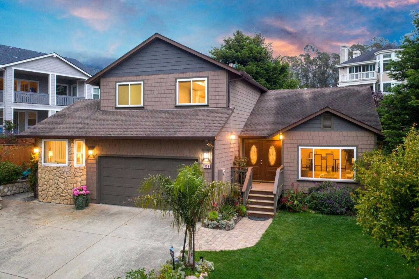 $1,499,000 - 5Br/3Ba -  for Sale in Half Moon Bay