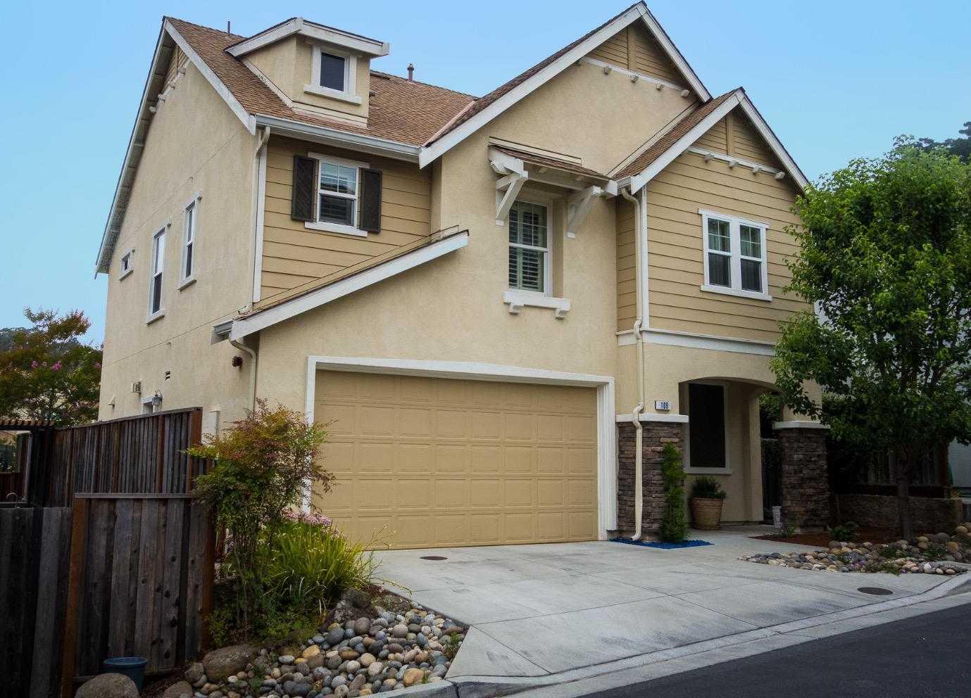 $949,000 - 3Br/3Ba -  for Sale in Santa Cruz