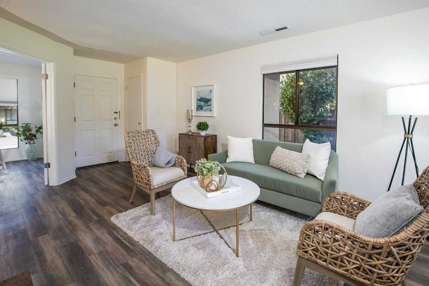 $625,000 - 3Br/2Ba -  for Sale in Santa Cruz