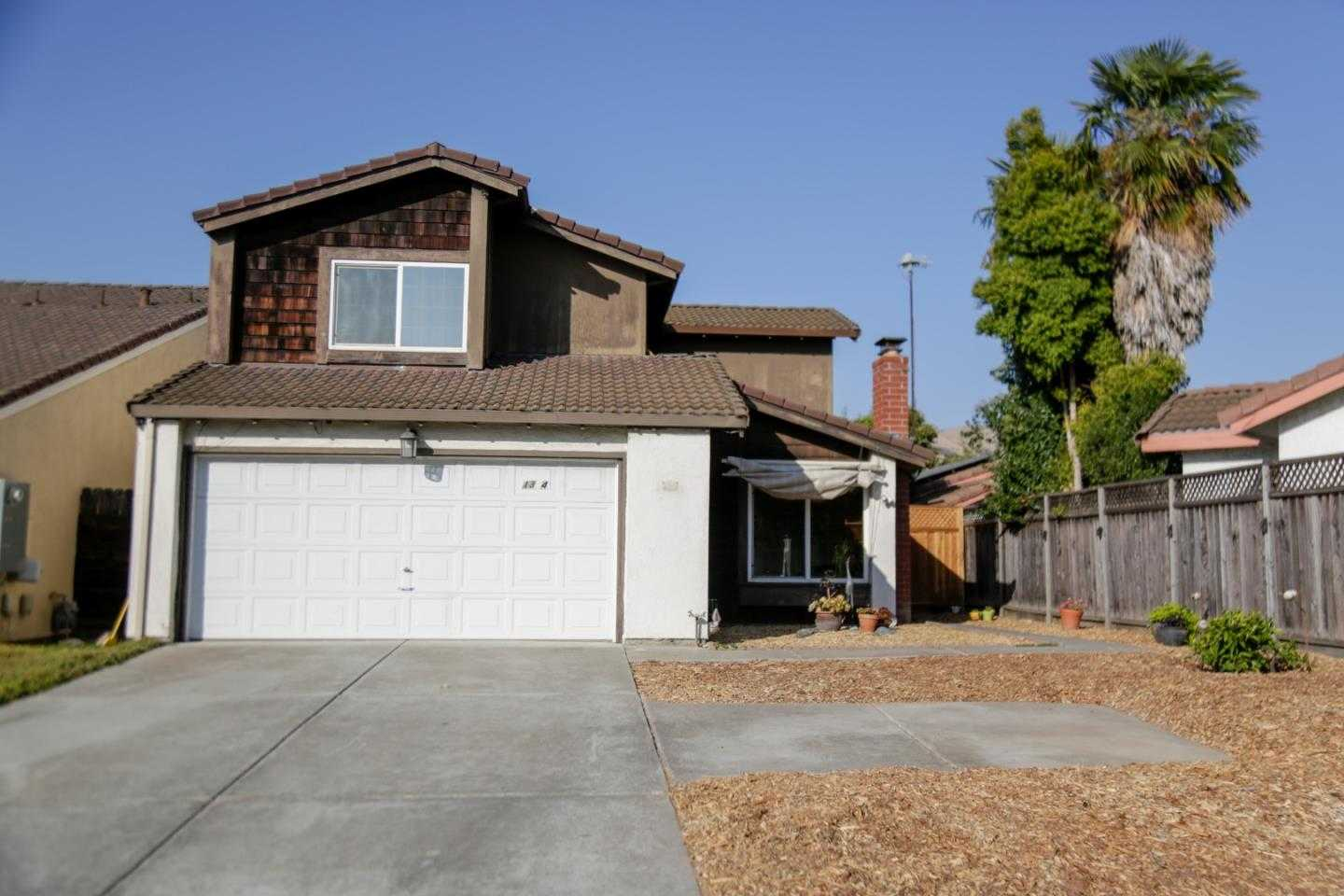 $999,998 - 4Br/3Ba -  for Sale in San Jose