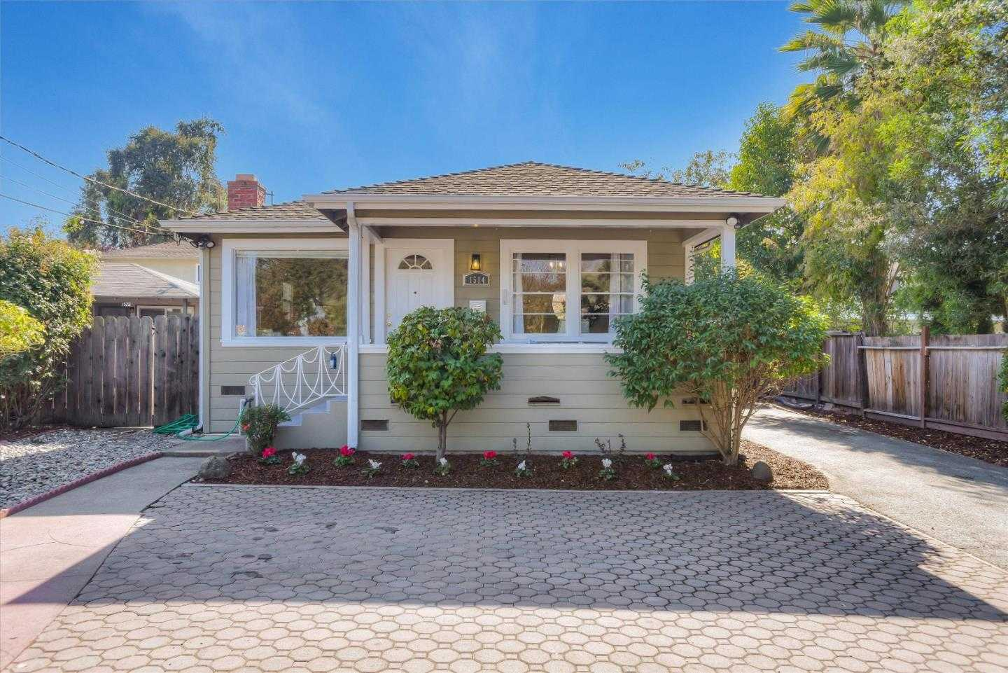 $1,198,000 - 2Br/1Ba -  for Sale in Redwood City