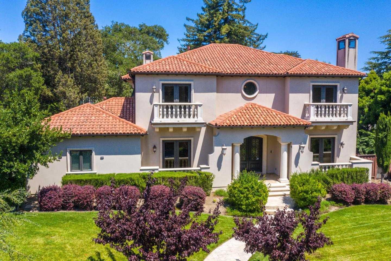 $9,330,000 - 5Br/6Ba -  for Sale in Hillsborough