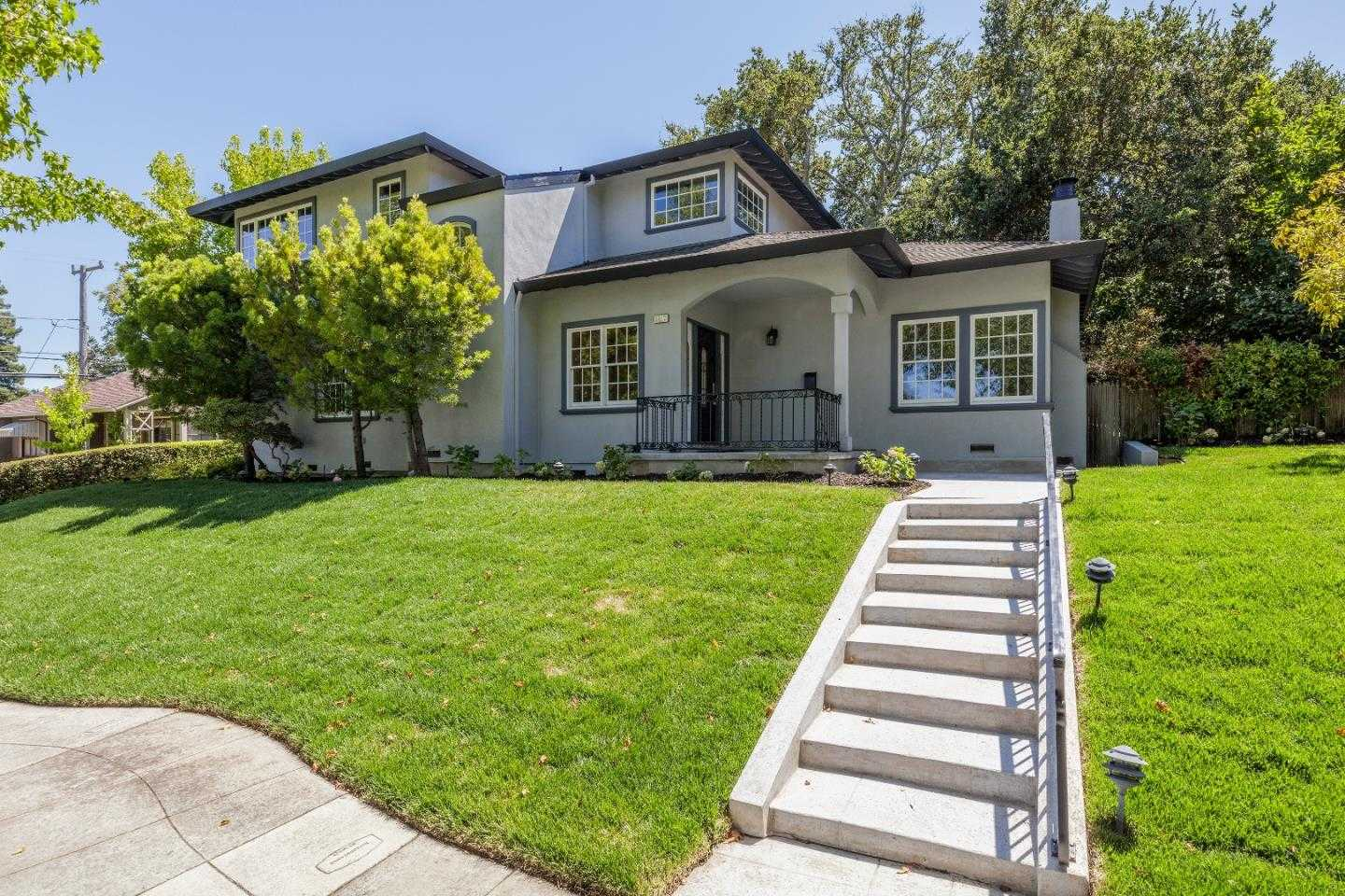 $4,389,000 - 5Br/4Ba -  for Sale in Burlingame