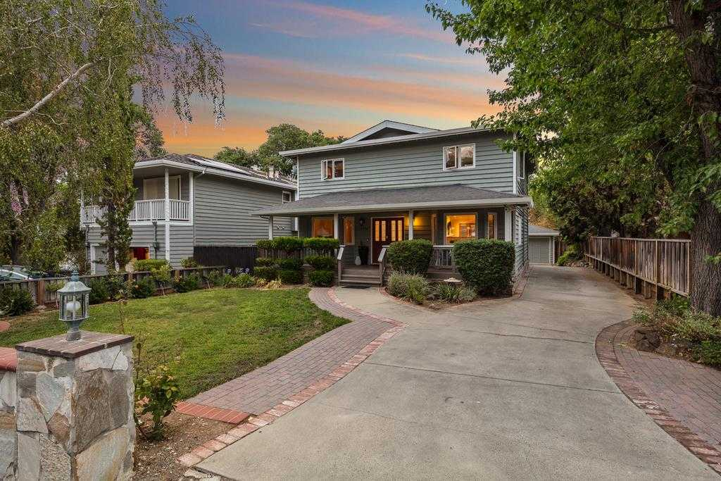 $2,500,000 - 4Br/3Ba -  for Sale in Saratoga